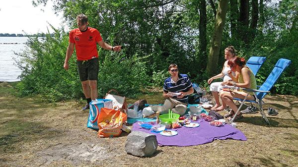 picnic met fam_600